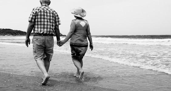 Как да определите колко да спестявате за спокойни старини?